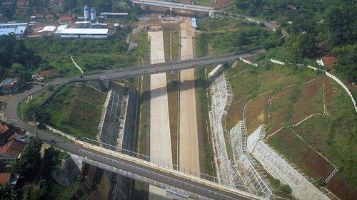 Jalan Tol Cisumdawu Ditargetkan Selesai Pada Akhir Tahun 2020