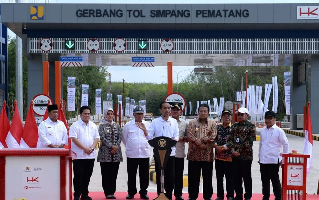 Presiden Jokowi Resmikan Ruas Tol Trans-Sumatera di Lampung