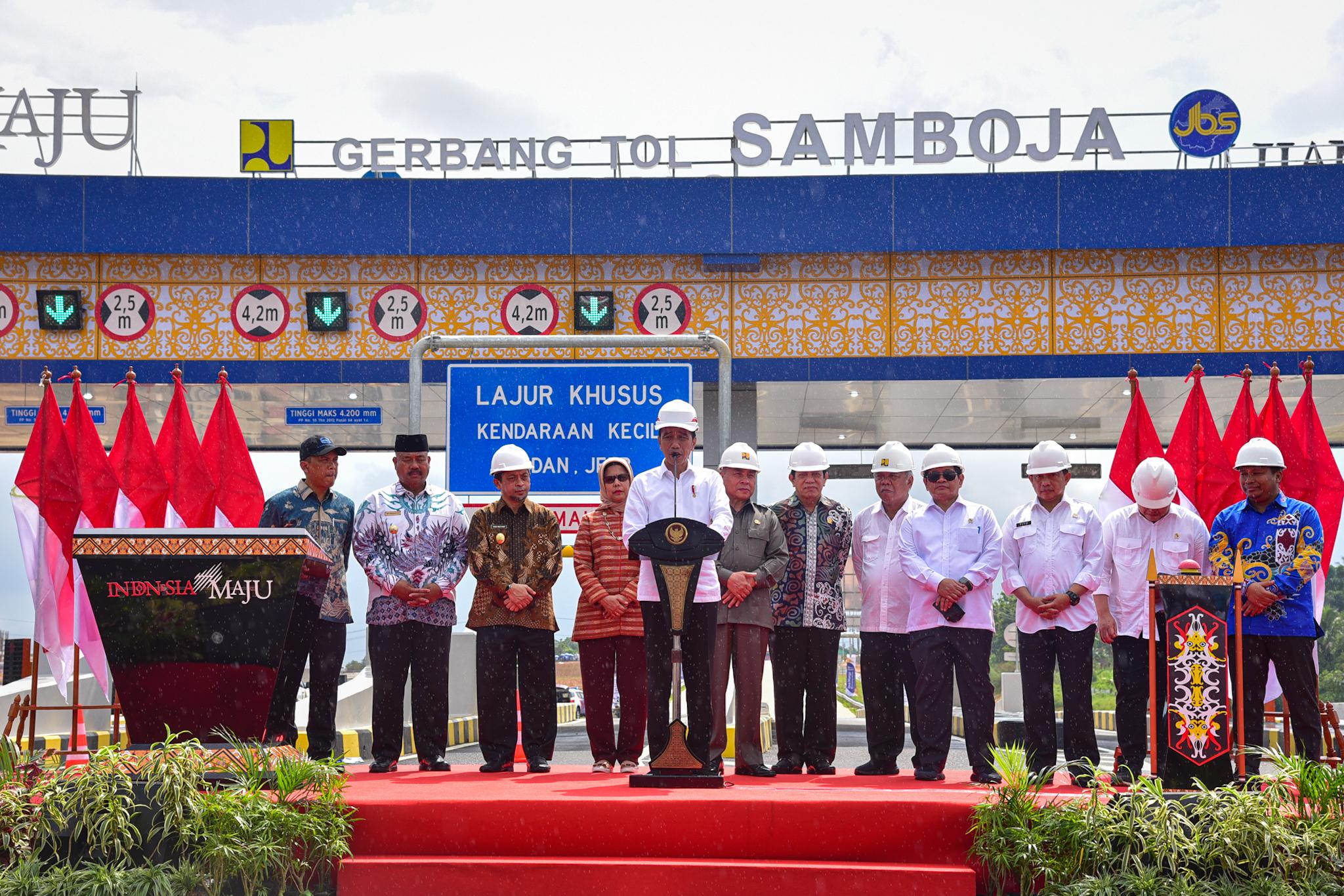 Presiden Jokowi Resmikan Jalan Tol Balikpapan-Samarinda Seksi Samboja-Samarinda