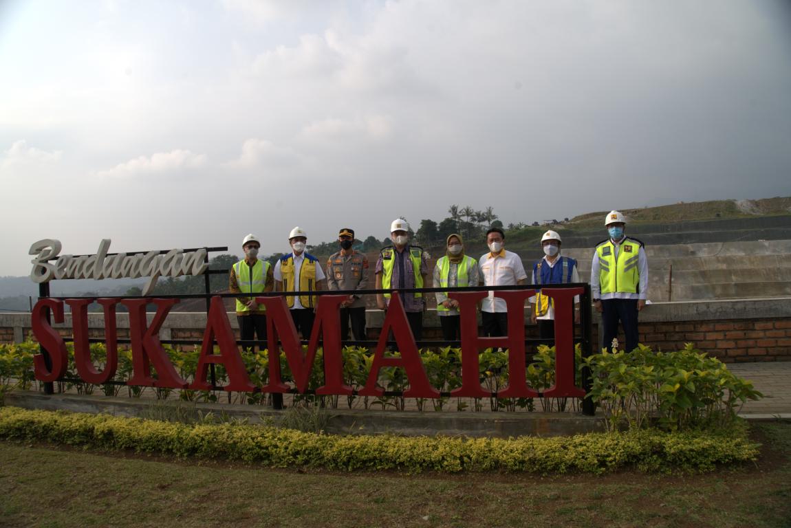 Monitoring Pembangunan Bendungan Sukamahi